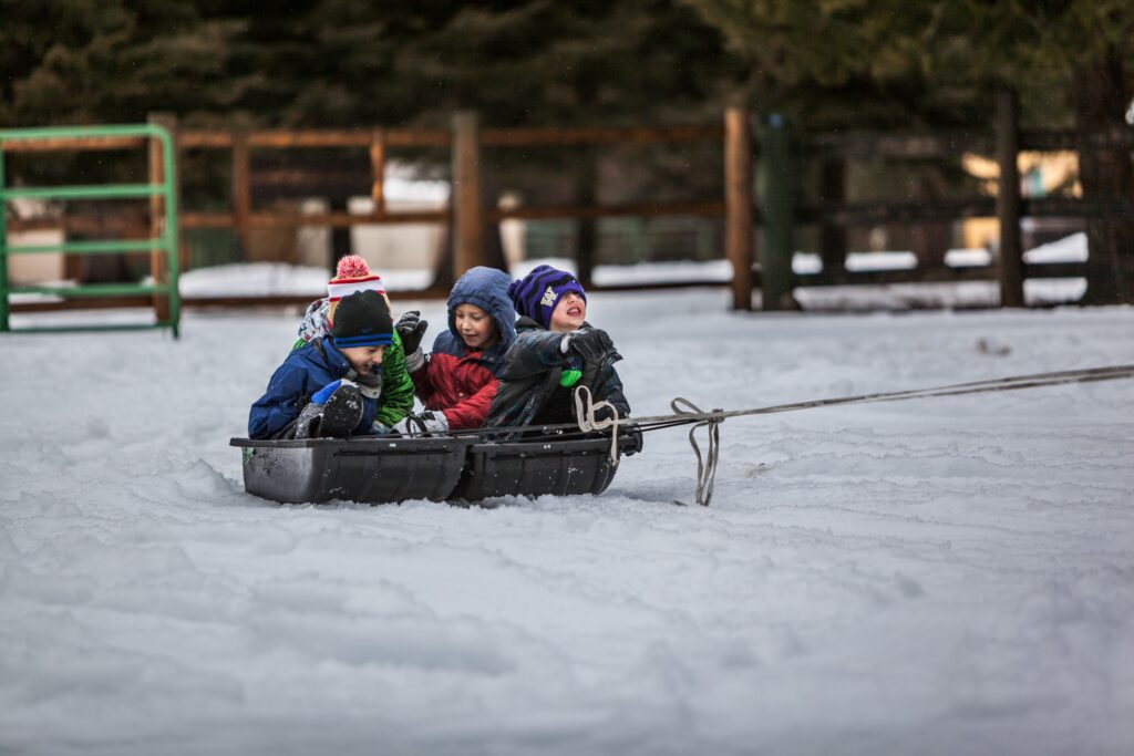 Kids playing in snow (photo supplied by redfin.com)